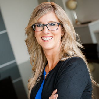 Stacey Bengert consultant